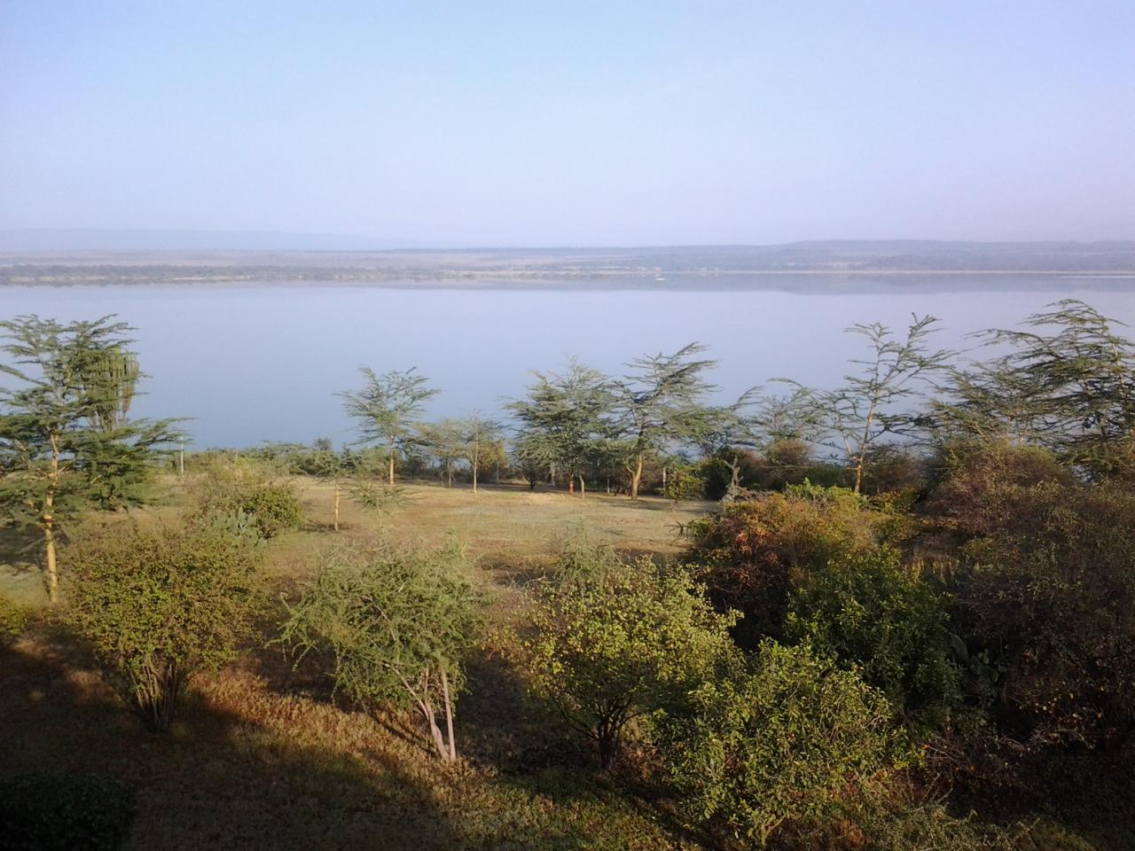Lake Elementaita Views -Photo by YHA Kenya Travel