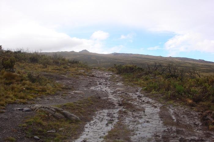 trekking routes, yha Kenya travel, photos, mountaineering, mount Kenya expenditions