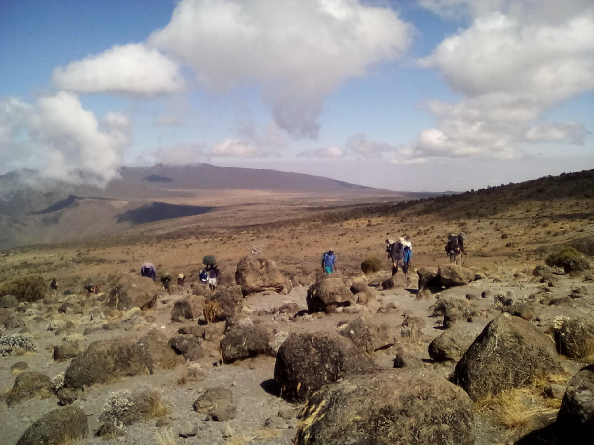YHA Kenya Travel, climbing Kilimanjaro,climbing mount Kilimanjaro