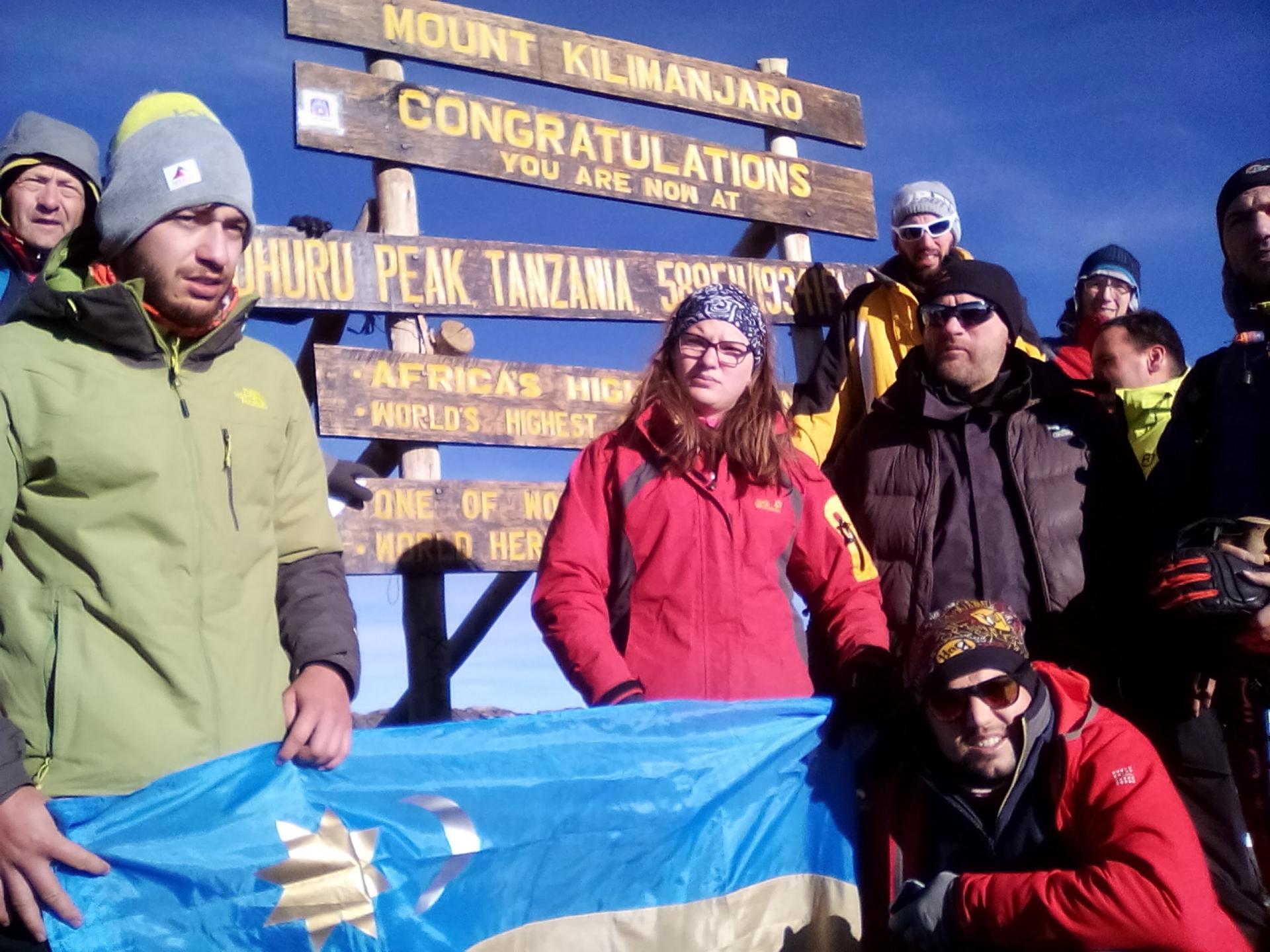 trek Kilimanjaro, climbing mount Kilimanjaro, hiking mount Kilimanjaro, yha Kenya travel Kilimanjaro holidays, mount Kilimanjaro, climb Kilimanjaro, climb mount kiimanjaro